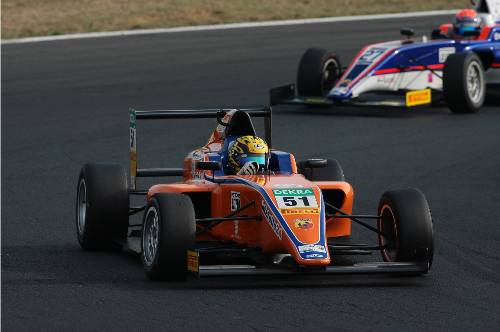 Festante on a double programme in Italian and French Formula 4